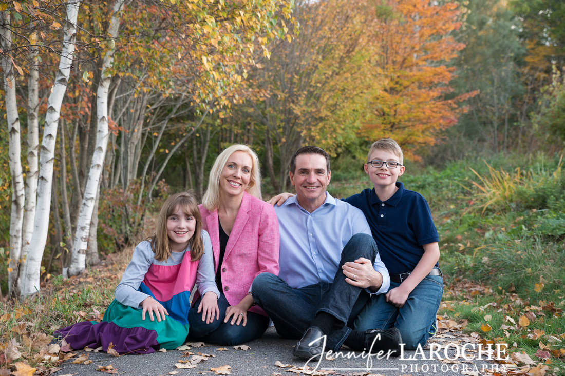 Family of Four Fall Portraits (3)