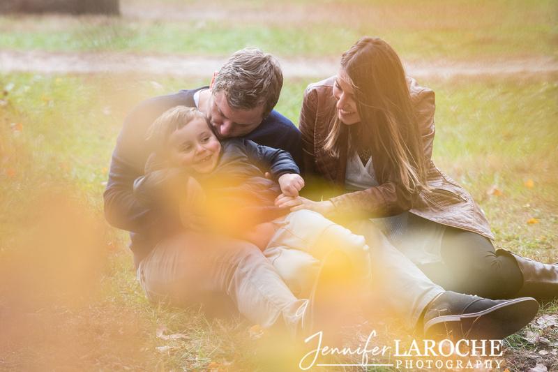 fall family photo shoot at wayside gristmill sudbury (5)