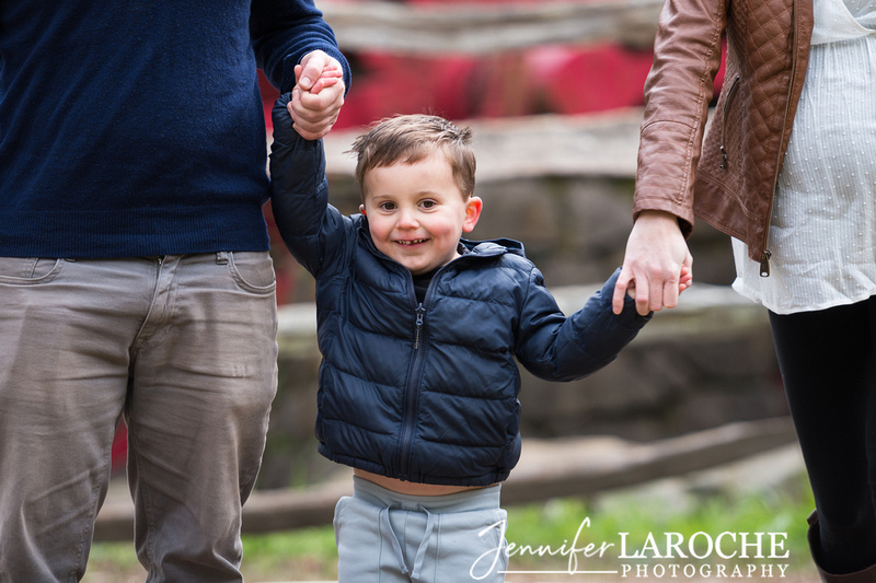 fall family photo shoot at wayside gristmill sudbury (9)