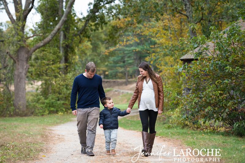 fall family photo shoot at wayside gristmill sudbury (16)