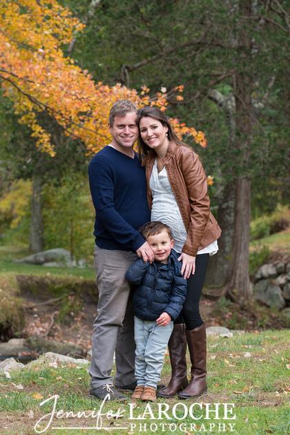 fall family photo shoot at wayside gristmill sudbury (17)