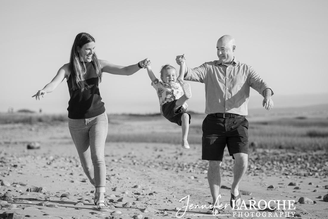 Family-Swinging-at-Duxbury-Beach