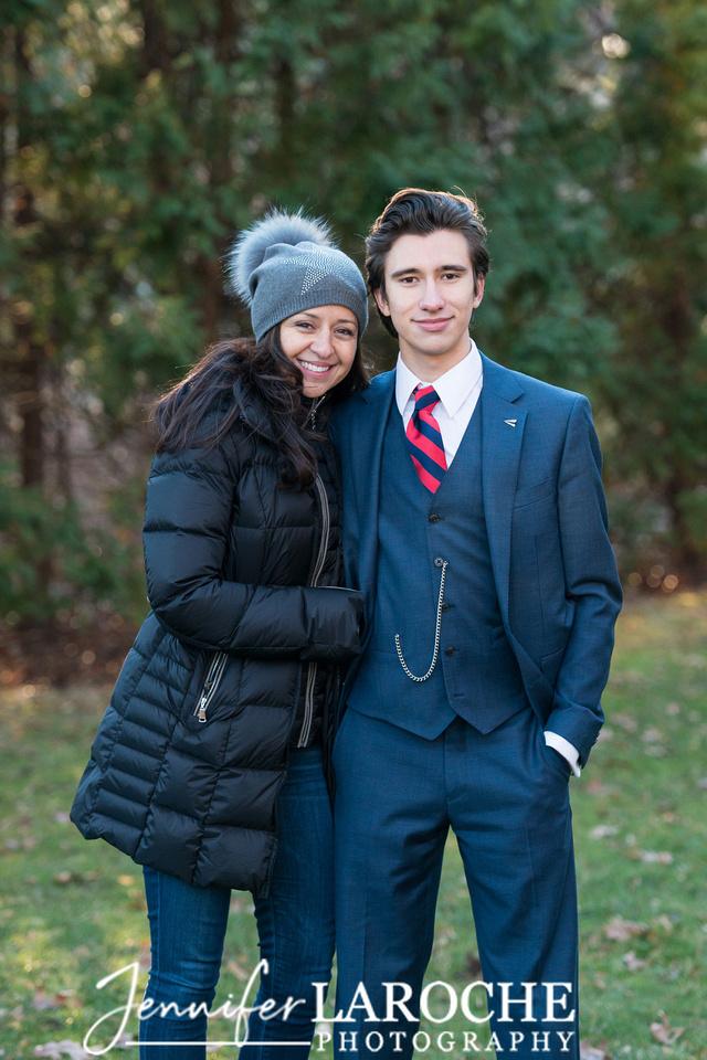 senior-portraits-for-guys--winter-sessions-wellesley-massachusetts