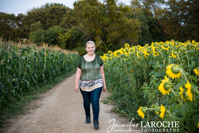 high-school-senior-photo-shoot-at-colby-farm-jpg