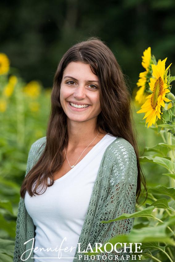 boston-senior-portrait-sunflower-photo-sessions-at-tangerini-farm-sunflower-field-in-millis-mass