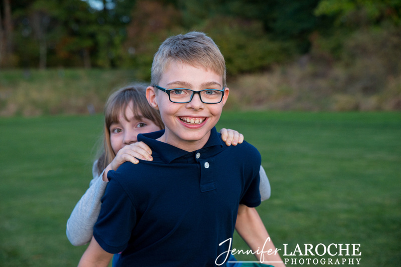 Family of Four Fall Portraits (9)